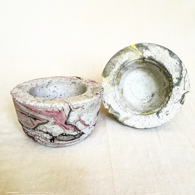 Marbled Planter from takeout container and single serving Fage yogurt : LucidDesign